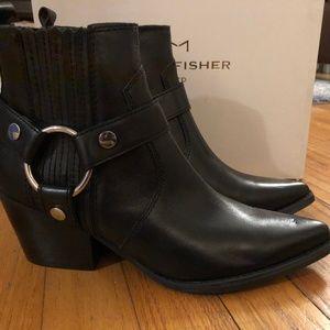 Marc Fisher LTD Black Patent Halie Western Bootie